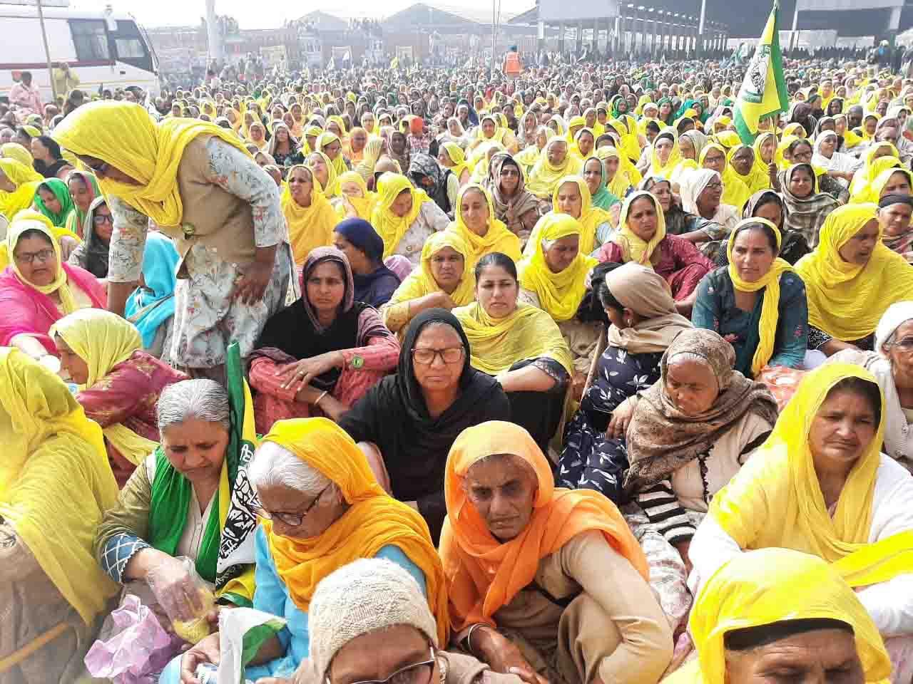 Farmer leaders in Punjab Mahapanchayat