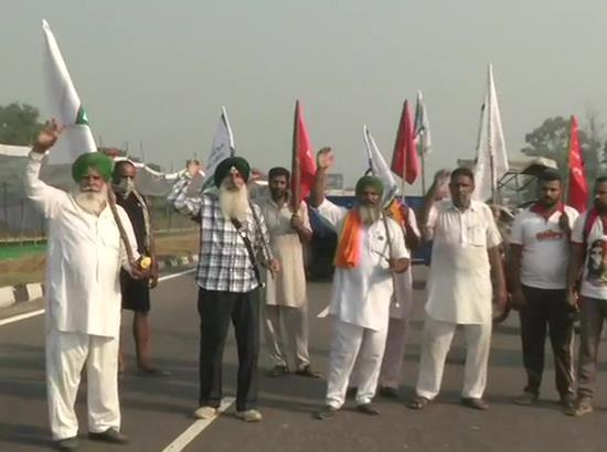 Farmers block Amritsar-Delhi National Highway near Phillaur