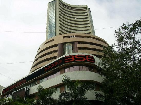 Sensex plunges 1,069 points, banking and financial stocks hit badly