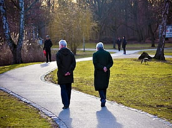 'Older adults coped with COVID-19 pandemic best'