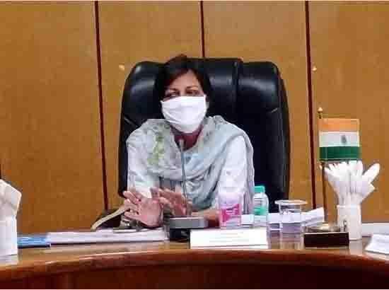 809 Ventilators given to Districts : Chief Secretary
