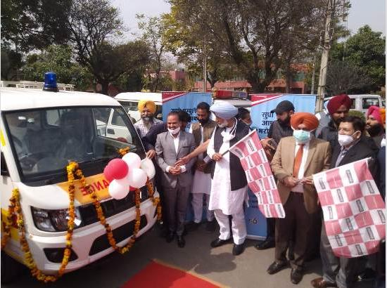 Balbir Singh Sidhu flags off 22 Ambulances to provide emergency services in congested areas