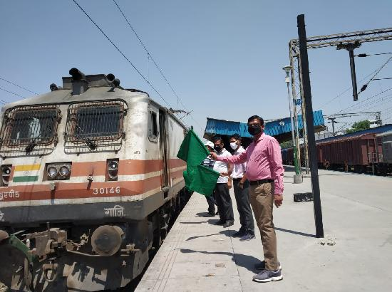 3.11 lakh migrants moved in 250 Shramik special trains from Punjab