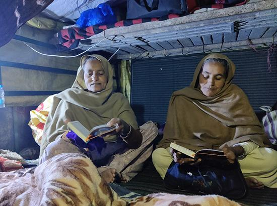 Trolly Homes: Nothing unusual for Kisan Morcha women as they maintain home-like routine