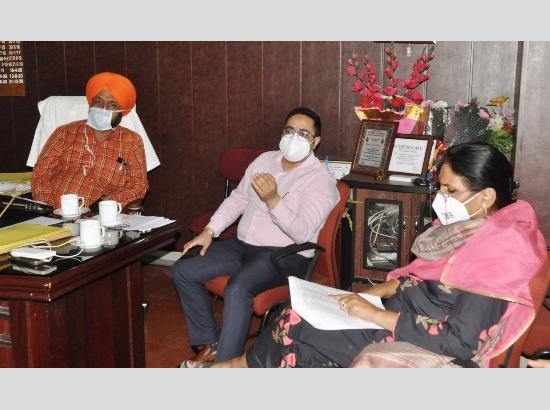 ADC Jalandhar reviews preparedness in Covid care hospital to tackle third wave
