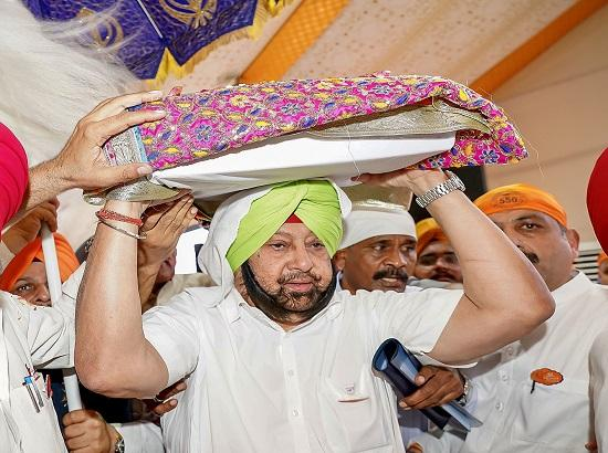 Amarinder ushers in week-long 550th Prakash Purb Celebrations at Sultanpur Lodhi with Guru