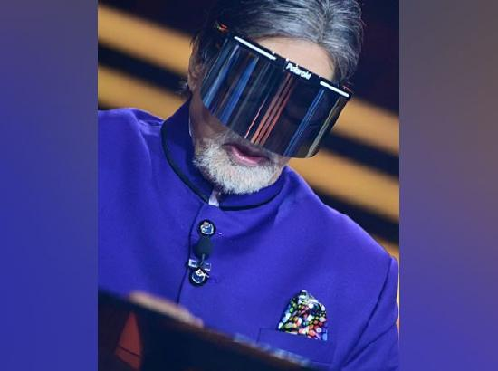 With face shield, Amitabh Bachchan urges people to 'be in protection' as COVID-19 cases so