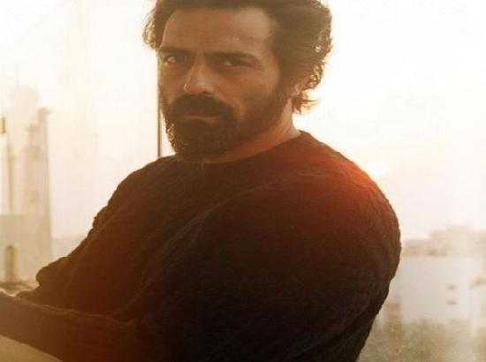 Bollywood star Arjun Rampal tests positive for COVID-19