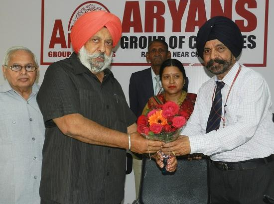 Aryans College of Law & Aryans Institute of Nursing jointly organized a seminar