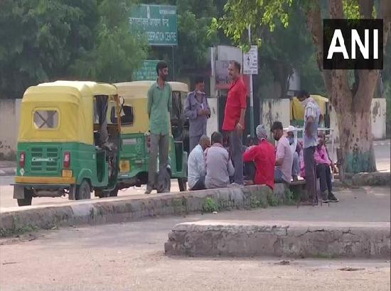 Taxi, auto drivers seek financial aid from govt amid COVID-19