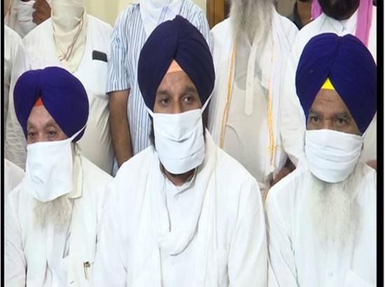 Families of Punjab hooch tragedy victims demand Rs 25 lakh compensation with govt job