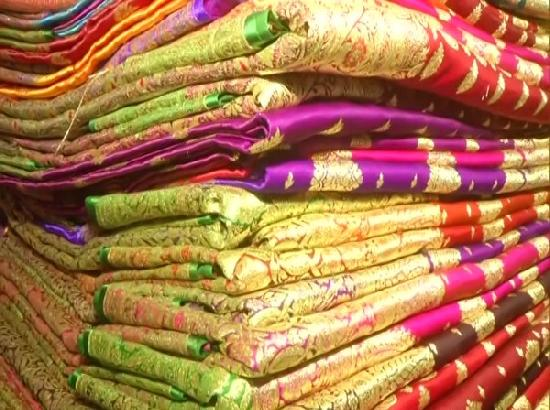 Weavers in Varanasi facing huge loss due to COVID-19 lockdown in UP