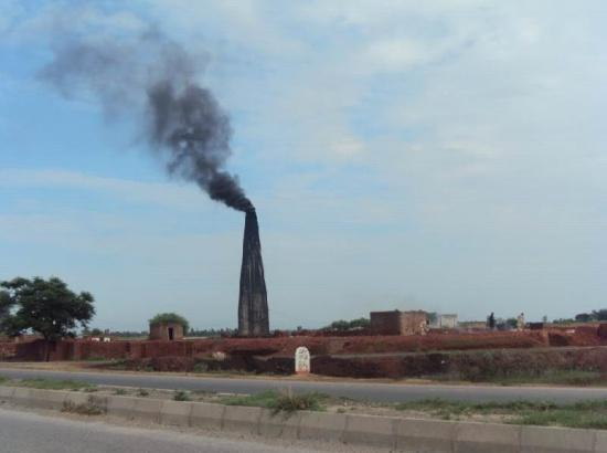Possibilities to be explored to shift brick kilns from coal to CNG- Director Tandrust Punj