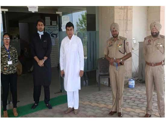 Capt Sandeep takes stock of essential services in Dakha