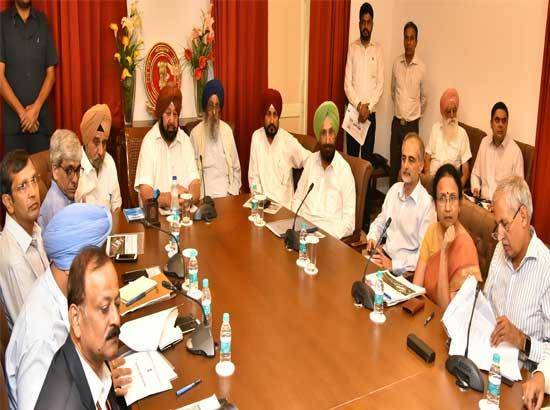 Capt Amarinder reviews Kartarpur Corridor progress with Central team