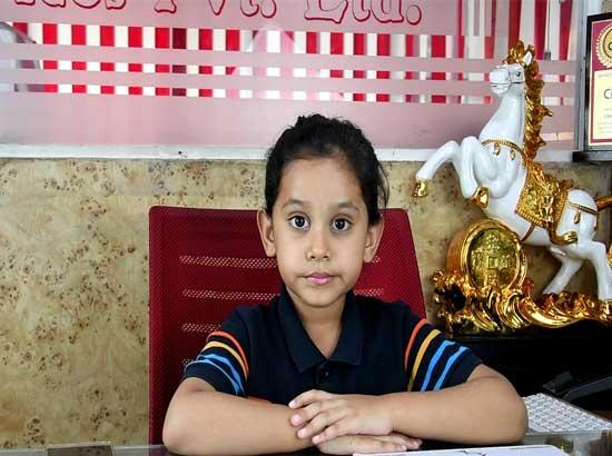 Six year girl launches YouTube Channel, gathers 17000 views in 5 hours of launching