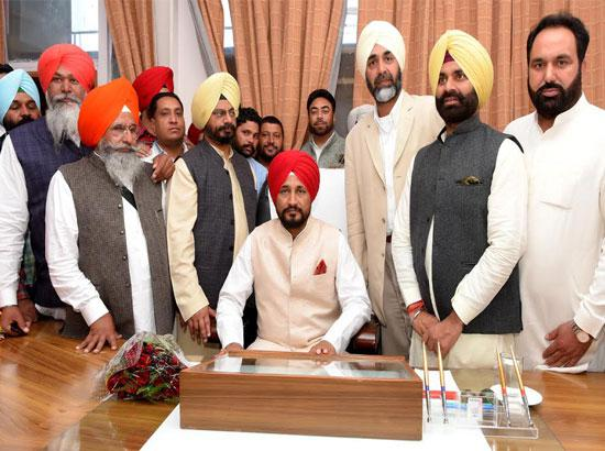 Charanjit Singh Channi assumes charge as Cabinet Minister