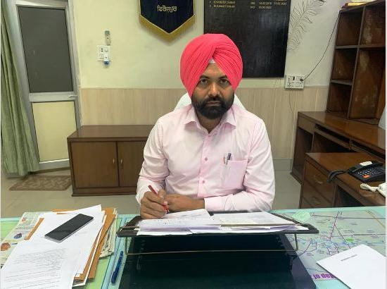 DC Ferozepur solicits people's support to follow SMS principle to maintain corona free d