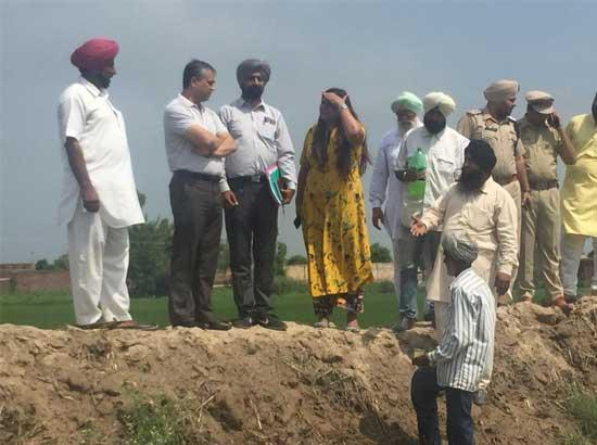 Divisional Commissioner inspects flood control arrangements in Shahkot Sub Division