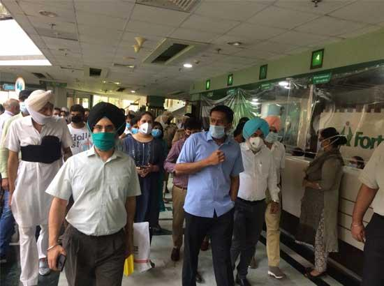 DC conducts surprise check at Fortis Hospital Mohali