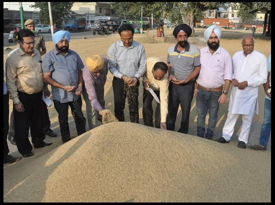 DC reiterates commitment to ensure hassle free procurement of paddy