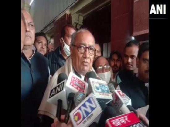 Digvijaya Singh appeals to all protesting farmers to join 'chakka jam'