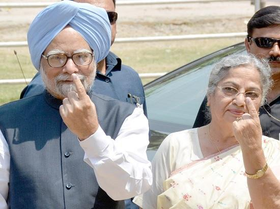Dr Manmohan Singh, wife to vote in Assam