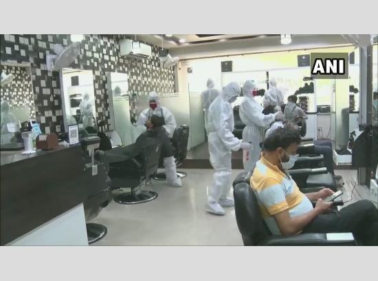 Barbers to be penalised for providing home services
