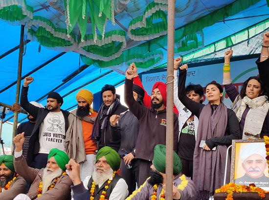 Artistes for farmers: Renowned artistes join Kisan Morcha