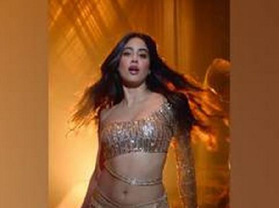 Wishes pour in as 'Dhadak' girl Janhvi Kapoor turns 24