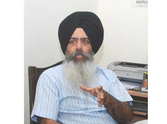 Don't dare to reduce Guru Nanak to the level of Indira Gandhi: Dal Khalsa warns RSS aligned Sikhs