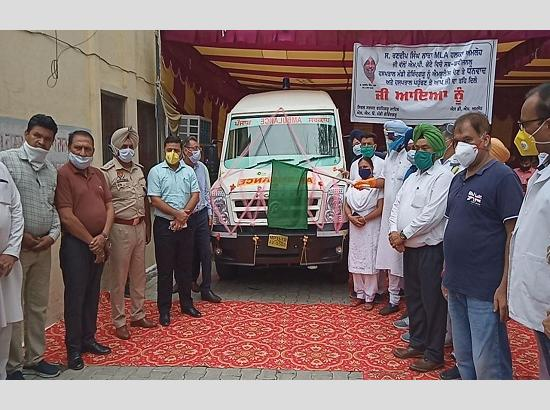MLA Amloh hands over an Ambulance equipped with latest technique of Advanced Life Support