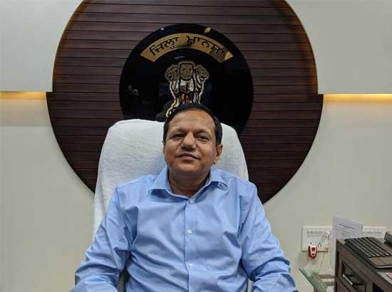 Mohinder Pal assumes charge as Deputy Commissioner Mansa