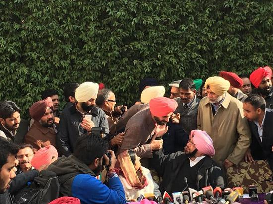 Sidhu's ministry may be changed if he continues on TV: Amarinder