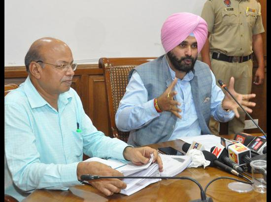 Navjot Sidhu announces formulating dynamic advertisement policy