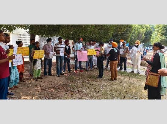 Punjabi University Student bodies condemn Modi Government's anti Punjabi and anti Farmer policies