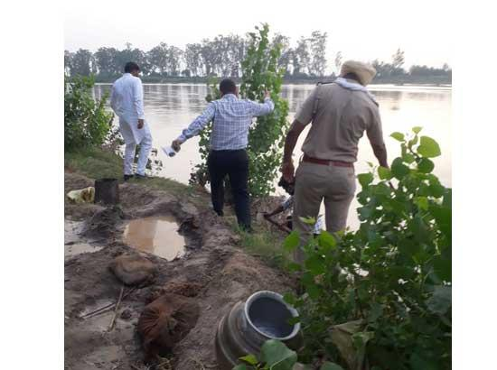 Excise Department conducts raid & destroys 11000 litres of Lahan