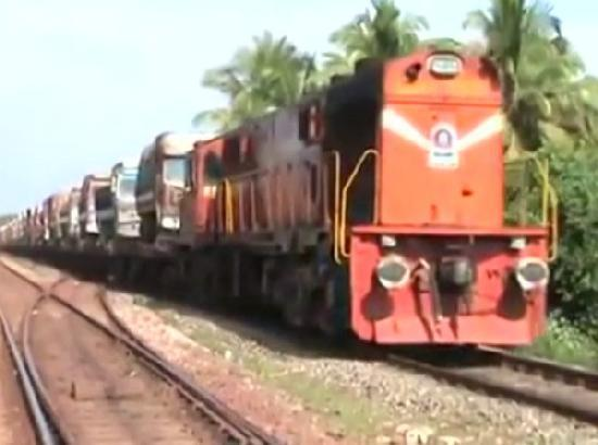 Railways assures to work on restoration of rail services to Punjab at the earliest