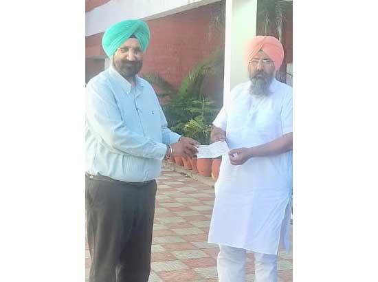 Labourfed donates Rs. 11 lakh in CM COVID relief fund