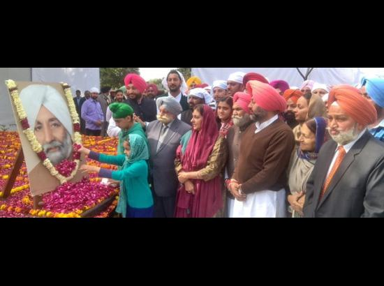 Floral tributes paid to Late S. Beant Singh on his 95th Birth anniversary