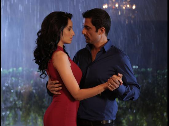 No Fallout between Sanjay Suri and Onir