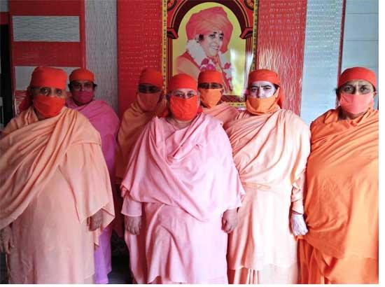 Sadhvis & others quarantined at a religious place alleges hell like situation
