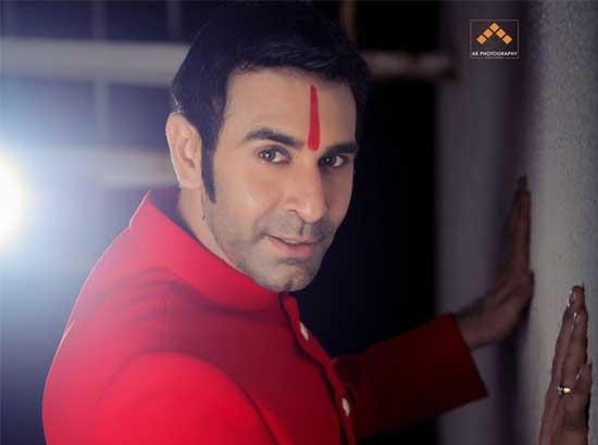 Choreographer Sandip Soparrkar joins hands with Letsallhelp.org and adopts 2000 girls for