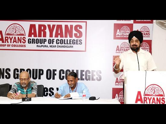 Seminar on Stress Management organizes by Aryans Group