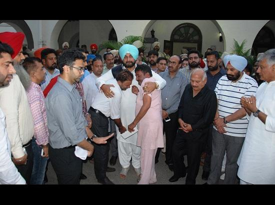 Navjot Sidhu to undertake responsibility of children of victims & old age people affected