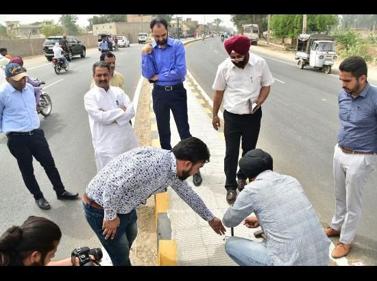 Vijay Inder Singla initiates action against senior officials as road samples fail