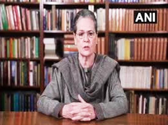 Govt shows shocking insensitivity, arrogance towards farmers: Sonia Gandhi