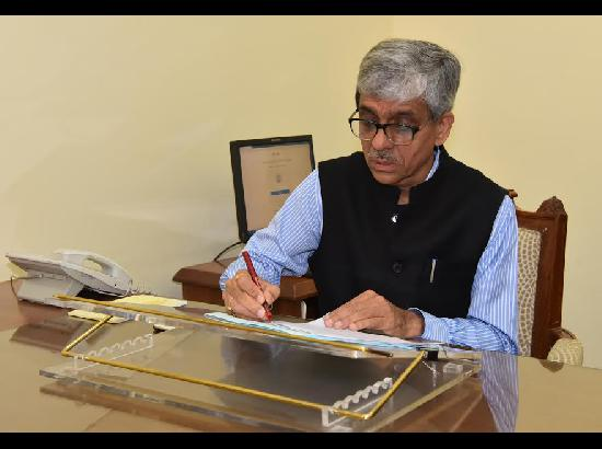 Suresh Kumar formally takes over as Chief Principal Secretary to CM