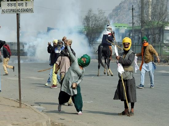 Barricading, tear gassing by Delhi Police incited protestors during R-Day tractor march: D