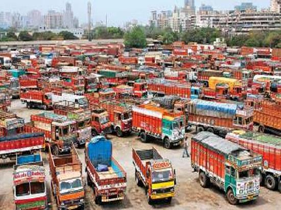 Transport sector facing loss of Rs 315 crore per day due to COVID-19 restrictions